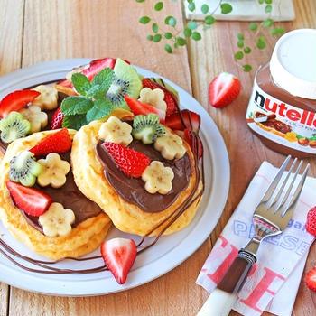 ヌテラでヨーグルトフルーツパンケーキ