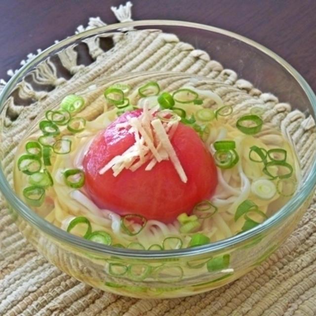 丸ごとトマトの冷製小鉢うどん