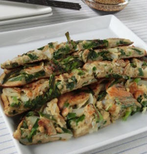 缶詰&びん詰食品で簡単韓国料理!!あさりと海苔の佃煮の海鮮チヂミ