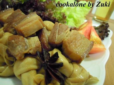 百叶結紅焼肉(豚バラと百叶結の上海風煮込み)