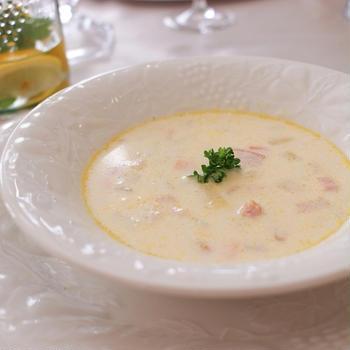 寒い日にぴったり!体の中からポカポカ温まる簡単チャウダースープ