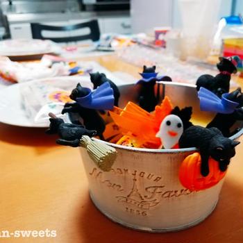 【10月】ハロウィンクッキーはあなたが思いっ切り楽しんで描いてみよう♪