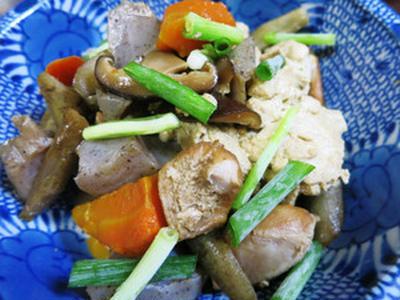 冷凍豆腐と野菜の煮物