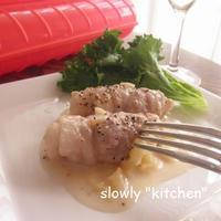 りんごとカマンベールの豚肉煮込み♪くるみをアクセントに・・。 by ルクエ×雪印メグミルク