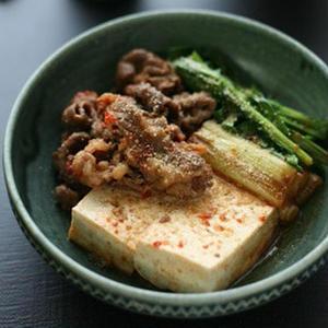 ちょこっとアレンジで絶品!うま辛「肉豆腐」レシピ5選