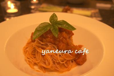 *トマトの冷製カペリーニと大盛りキャベツサラダ*