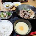 すき焼き風煮のとろろ添え by i-yonさん