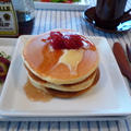朝食にホットケーキ