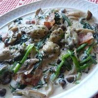 牡蠣とほうれん草の濃厚クリーム煮