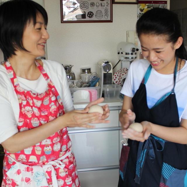パン作り初心者が2時間で気軽にふんわりウィンナーパンが焼ける9月イースト講座