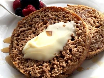 >フライパンで焼くヴィーガンの本場イギリスのパン!クランペット by yukoさん