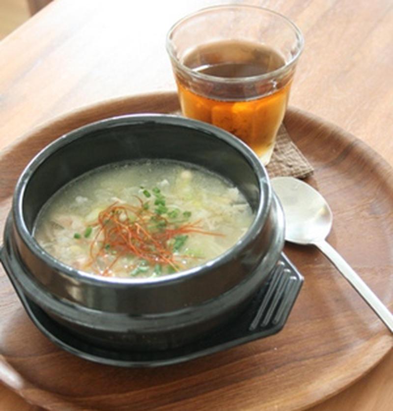 炊飯器にお任せ!本格韓国料理「サムゲタン」に挑戦♪