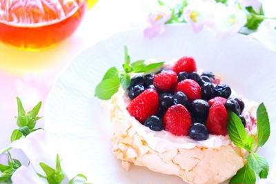 【簡単スイーツ】メレンゲを焼いたお菓子「パブロバ」の作り方レシピ
