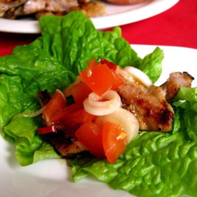 トマトだれで食べる塩麹サムギョプサル