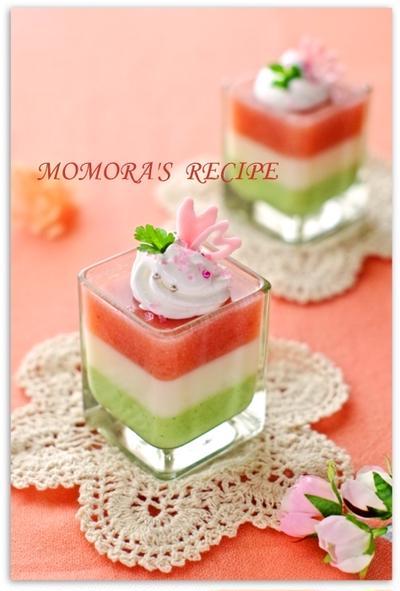 生クリーム・ゼラチンなし♪基本材料2つ簡単お菓子♡マシュマロ菱餅ムース♡雛祭りに&見返りは…。