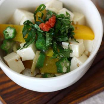 豆腐とパプリカのヘルシー塩しょうが丼