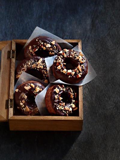 ココナッツオイルのHMチョコレートドーナツ