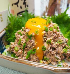 【レシピ】缶詰で簡単!鯖缶のなめろうユッケ!