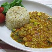 鶏ひき肉と野菜のキーマカレー