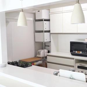 100均&ニトリで完成!100%見せない収納~のりPさんの「世界一楽しいわたしの台所」