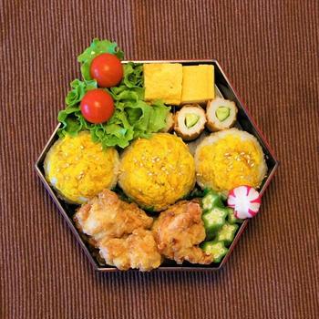 菊の花の手まり寿司