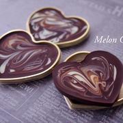 ふたつのチョコで簡単おしゃれなマーブル模様の板チョコレート☆「チョコレートギフトセット ハート型」トレー