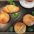 今日はパン焼きの日~バジル香る食事パンetc・・♪♪