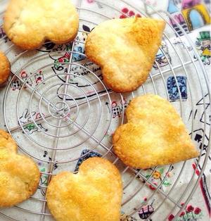 自家製ほうじ茶で塩味パイクッキー。