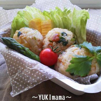 今日のイチオシレシピ♪〜コロコロ簡単ぶり大根のおにぎり(作りおき常備菜)〜掲載