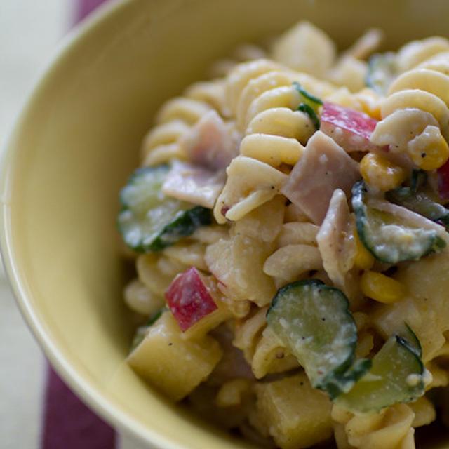 マカロニサラダ ☆ 豆腐と卵と塩麹のソース