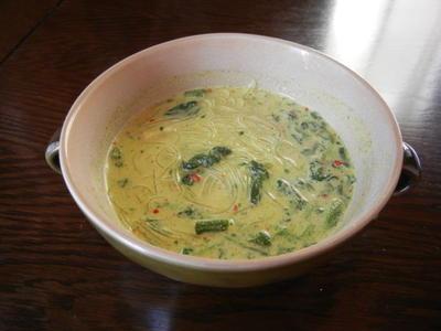 やずやのタイ風カレー「春雨」スープ
