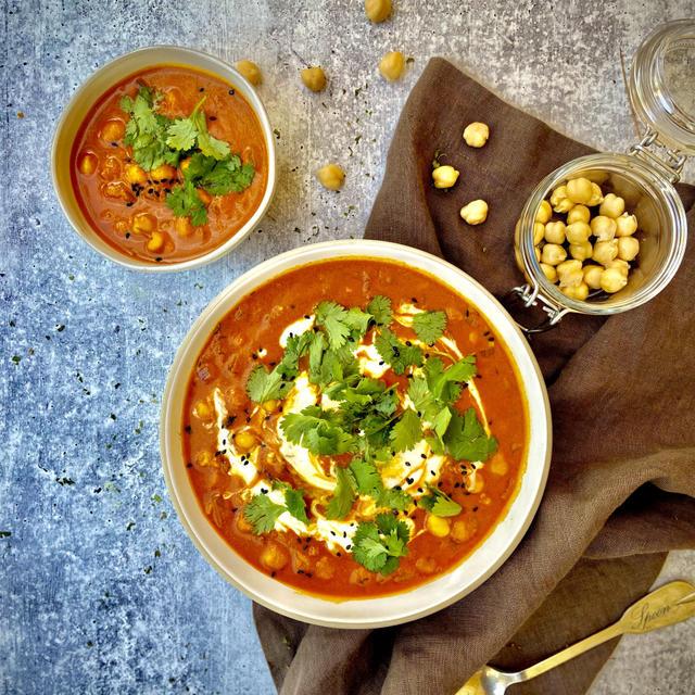 VEGAN(ヴィーガン)レシピ。スパイス効いた、トマトひよこ豆カレーの作り方