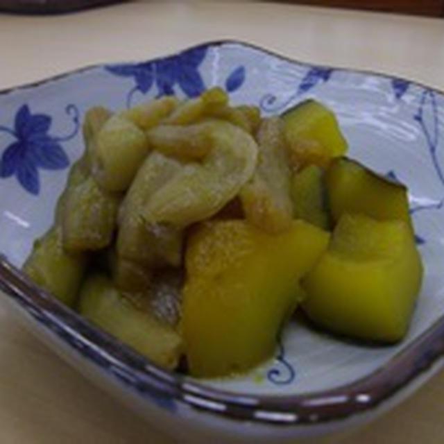 かぼちゃとずいき(芋茎)の煮物