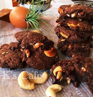 外ザックリ中しっとり(*˘︶˘*).。.:*♡指で混ぜるだけおからチョコチップクッキー♡