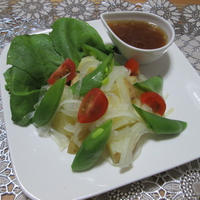 やさしい味わい☆春野菜のサラダ~だしジュレドレッシング添え~
