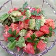 夏のさわやか 清涼感たっぷりトマトサラダ