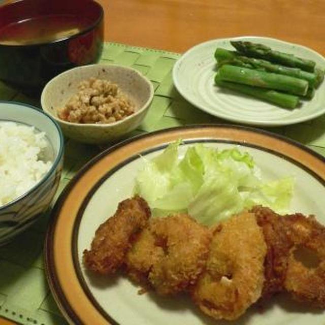 晩御飯5日分、と、食品も食べるダニ(><)