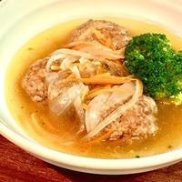 【簡単ハンバーグの中華スープ煮込み】スターアニスで本格中華味!