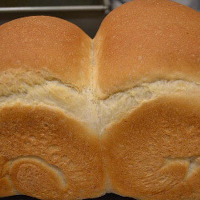 こんがり全粒粉山食パン♪