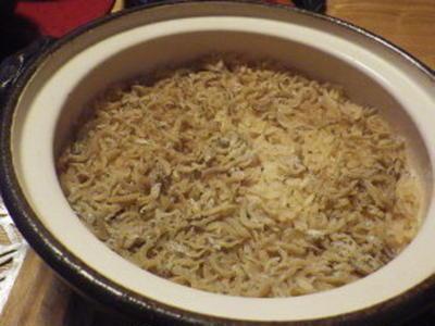 しらすごはん 土鍋で炊くだけ(^_-)-☆