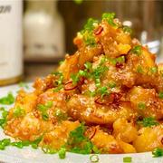 【レシピ】がっつり大満足♬鶏肉とじゃがいものピリ辛ゴマ味噌炒め♬