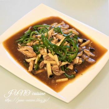 フライパンひとつで簡単中華☆鶏もも肉の青椒肉絲風☆そして睡蓮の花が咲きました!