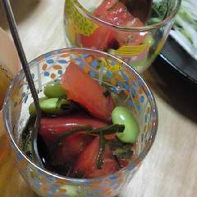 めかぶと豆トマトのめんつゆ和え