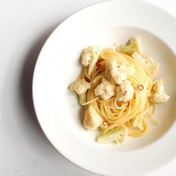 【超簡単!】カリフラワーのペペロンチーノのレシピ
