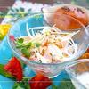 新玉ねぎとハムの春色サラダ