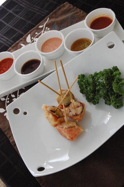 4種類目!スイカとサラミの串天揚げ