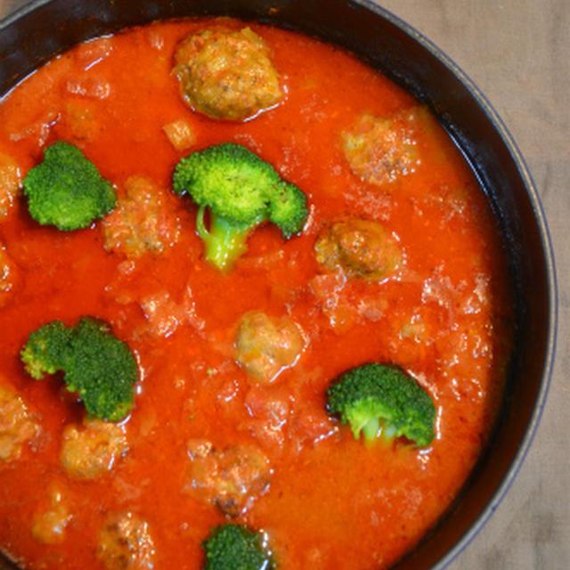 ストウブで「ミートボールのトマト煮込み」