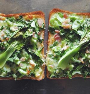 青梗菜のチーズトースト