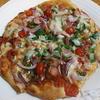 オレガノでソースが美味しいピザ
