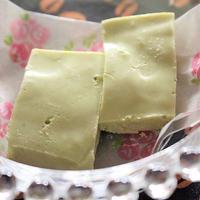 <簡単☆バニラ香る抹茶レアチーズケーキ>